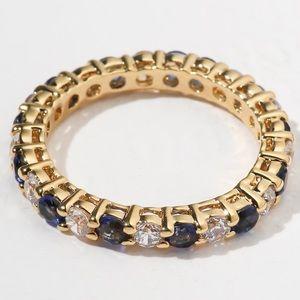 New Vanessa Mooney the centerfold ring gold